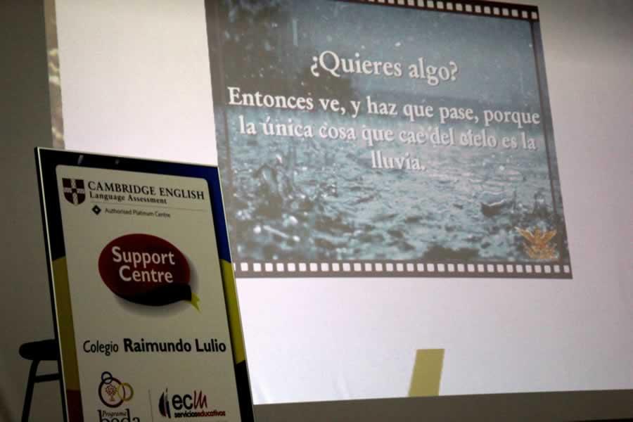 proyeccion de diapositiva con texto